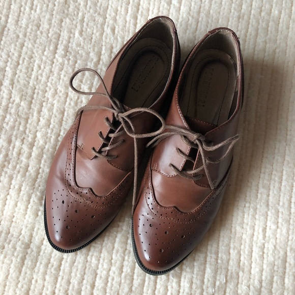 bc69754a27a Forever 21 Shoes - F21 women s brown leather oxfords